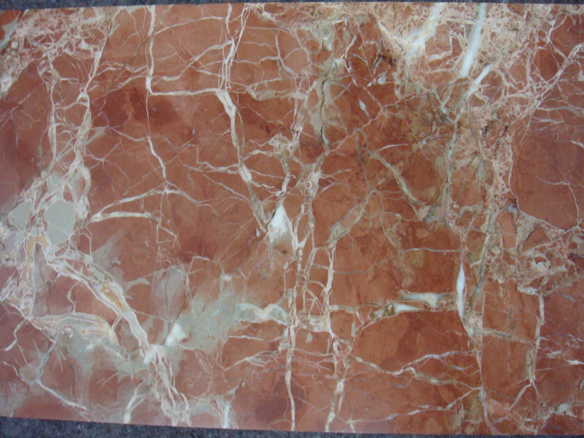 rojo-coralito-polished-04